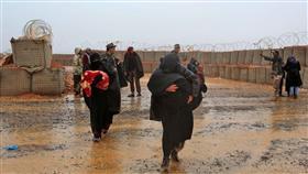 تتابع عليها الجوع.. فأحرقت نفسها وأطفالها داخل مخيم للاجئين على الحدود السورية الأردنية