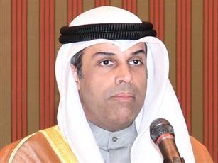 وزير النفط ووزير الكهرباء والماء الدكتور خالد الفاضل