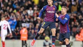 برشلونة يسحق اشبيلية بسداسية ويتأهل لنصف نهائي كأس إسبانيا