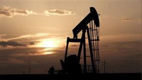 النفط يرتفع لكنه يتجه لتكبد خسارة أسبوعية بفعل مخاوف الطلب