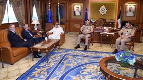 وزير الداخلية يبحث مع الادميرال ديفيد بيكوسكي الموضوعات ذات الاهتمام المشترك