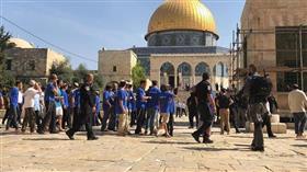 عشرات المستوطنين يقتحمون «الأقصى» بحراسة مشددة من شرطة الاحتلال