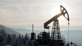 أسعار النفط تقفز 2% بعد انفجار ناقلة نفط إيرانية