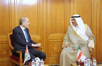 وزير الخارجية الكويتي يلتقي نظيره الأردني