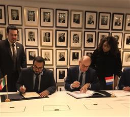 الكويت وهولندا توقعان اتفاقية النقل الجوي في مدينة لاهاي