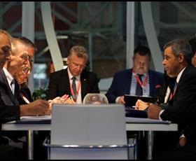 وزير النفط يؤكد عمق ومتانة العلاقات مع هنغاريا