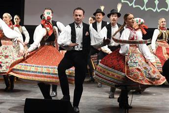 امسية استعراضية مميزة من الفرقة الهنغارية