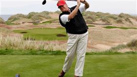 ترمب في إحدى ملاعب الغولف الخاصة به في سكوتلندا