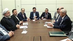 روحاني وبن صالح يؤكدان أهمية تطوير التعاون بين إيران والجزائر