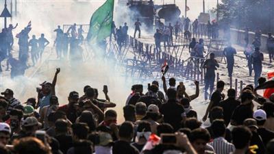 إصابة 100 متظاهر خلال الـ24 ساعة الماضية في البصرة العراقية