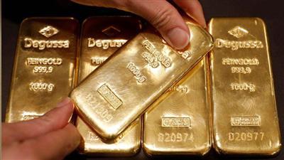 تراجع أسعار الذهب إلى أدنى مستوى في شهر