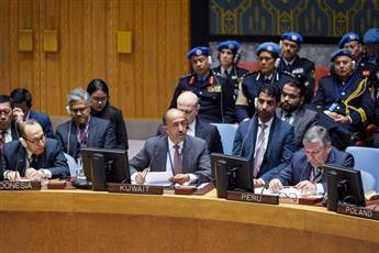 الوزير المفوض بدر المنيخ يلقي كلمة الكويت في جلسة مجلس الأمن