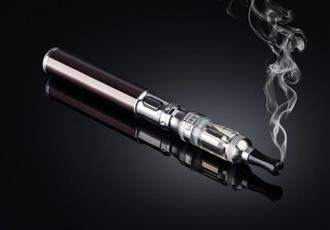 واشنطن تدرس رفع سن تدخين السجائر الالكترونية لـ 21 عاما