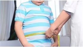 الأطفال الوحيدون أكثر عرضة للإصابة بالبدانة