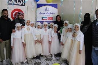 مساعدات الكويت تأخذ بيد المحتاجين واللاجئين تنموياً وإغاثياً وثقافياً