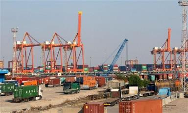 العراق.. مسؤول بميناء أم قصر يعلن إعادة فتح الميناء واستئناف العمليات