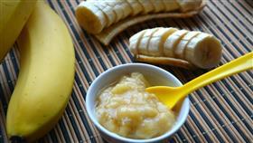 ماسك الموز السحري للعناية بالشعر خلال نصف ساعة
