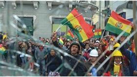 بوليفيا.. معارضون يسيطرون على وسيلتي إعلام تديرهما الدولة