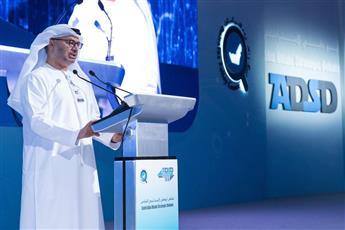 وزير الدولة للشؤون الخارجية والتعاون الدولي الاماراتي الدكتور أنور قرقاش