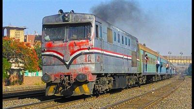 ضحية ثانية.. مصري يقفز من القطار هربًا من جحيم المحصل