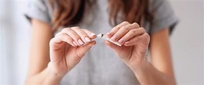 الإقلاع عن التدخين قد يكون أكثر صعوبة لدى النساء