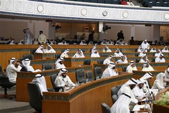 مجلس الأمة يبدأ مناقشة استجواب وزيرة الاشغال وزيرة الإسكان