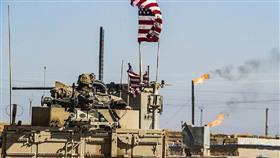 عسكريون أمريكيون يقومون بدوريات قرب آبار نفطية بشمال شرق سوريا