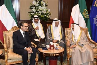 سمو أمير البلاد يتسلم اوراق اعتماد سفير جمهورية إيطاليا