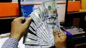 الدولار يرتفع بفعل تدهور العلاقات الأمريكية الصينية بشأن هونج كونج والرسوم