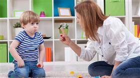 كيف تربي طفلك دون ضرب؟