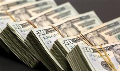 آمال التجارة ترفع الدولار وتوقعات خفض الفائدة تعرقل العملة الأسترالية