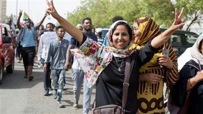 السودان يلغي قانوناً ينظم زي النساء والآداب العامة