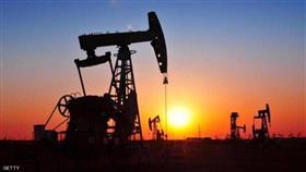 قبل اجتماع أوبك.. أسعار النفط تغلق منخفضة
