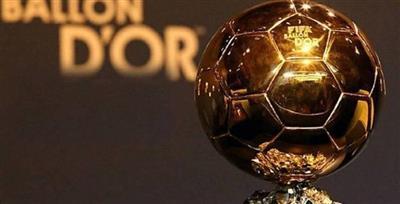 ليونيل ميسي يتوج بجائزة الكرة الذهبية للمرة السادسة في تاريخه