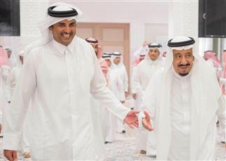 الملك سلمان يدعو أمير قطر لقمة الرياض