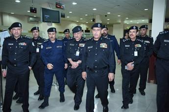 الفريق النهام يقوم بزيارة تفقدية إلى الإدارة العامة للمرور