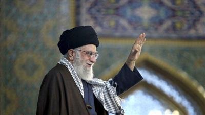 «فيسبوك» يغلق صفحة المرشد الإيراني باللغة العربية