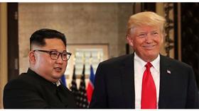 الرئيس الأمريكي دونالد ترمب والزعيم الكوري الشمالي كيم جونغ أون