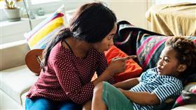تعرّف على أبرز الأخطار التي ترتكبينها عند معاقبة طفلك