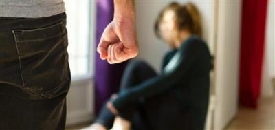 محكمة مغربية تحكم على زوج بعدم الاقتراب من زوجته لمدة عام
