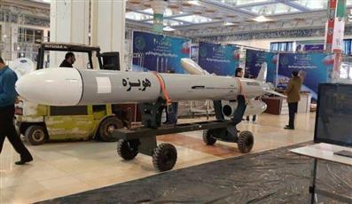 إيران تزيح الستار عن صاروخ كروز بعيد المدى