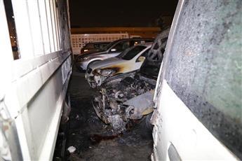 «الإطفاء»: إخماد حريق 4 مركبات في خيطان.. دون إصابات