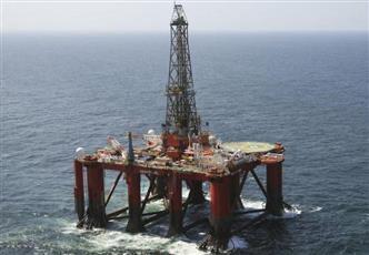 الكويت تحذر من نقص معروض النفط العالمي في 2019 بسبب فنزويلا