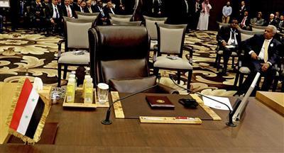 الرئيس الفلسطيني يعلن تأييده لعودة سوريا إلى الجامعة العربية