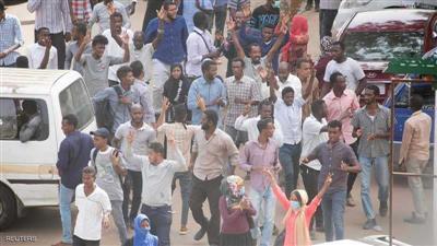 السودان.. إطلاق سراح صحفيين اعتقلوا على خلفية الاحتجاجات