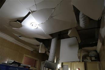 انهيار جزء من ديكور شقة بالسالمية.. بعد انفجار بسبب تسرب غاز الطبخ