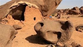 علماء الآثار يكتشفون حضارة مجهولة في الصحراء الغربية