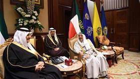 سمو الأمير خلال استقباله أبناء الملك فهد: مواقف الملك فهد ستبقى خالدة في التاريخ والأذهان