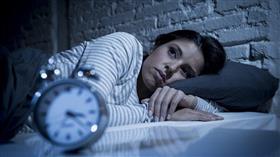 خمسة أسباب تسبب القلق وتمنع النوم