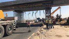 الجيش: آلية عسكرية تصطدم بجسر قيد الإنشاء على طريق الملك فهد